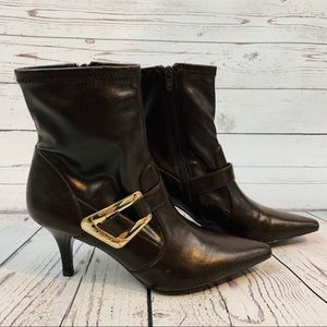 🦟BCBG ANKLE BOOTS BROWN🦟